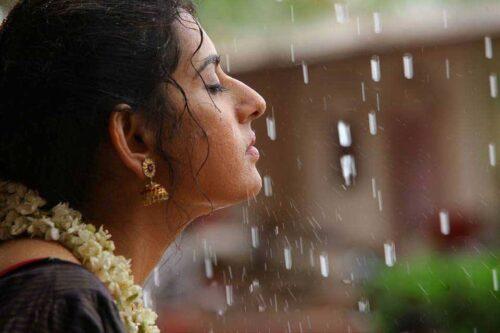 INdian lady face raining
